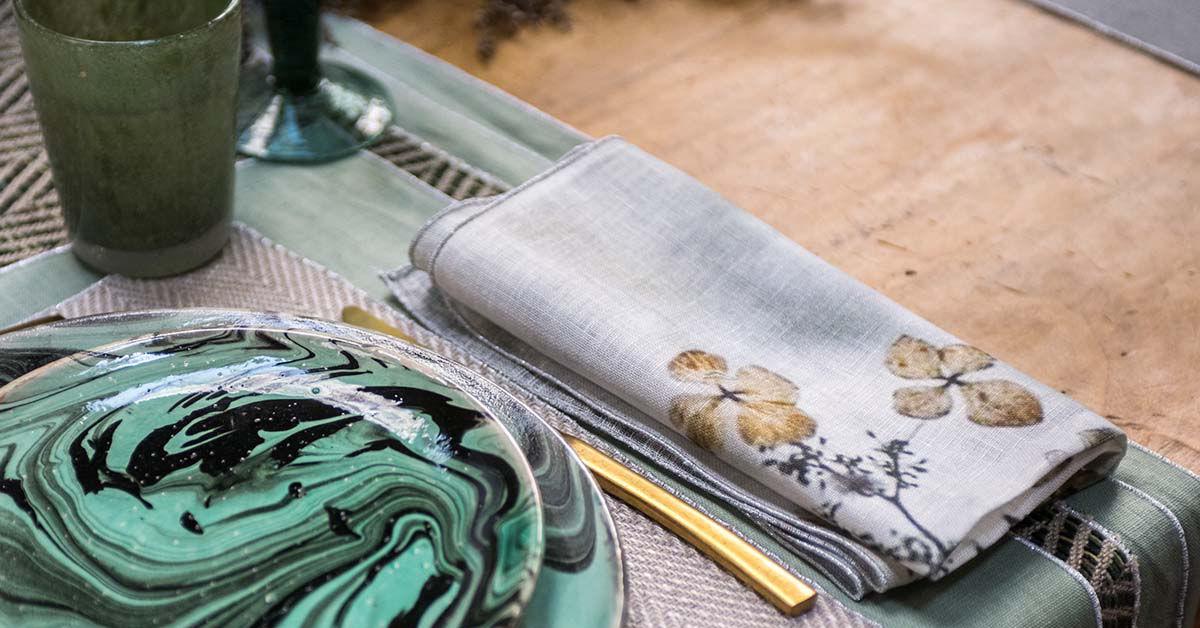 Come scegliere, piegare e posizionare i tovaglioli a tavola