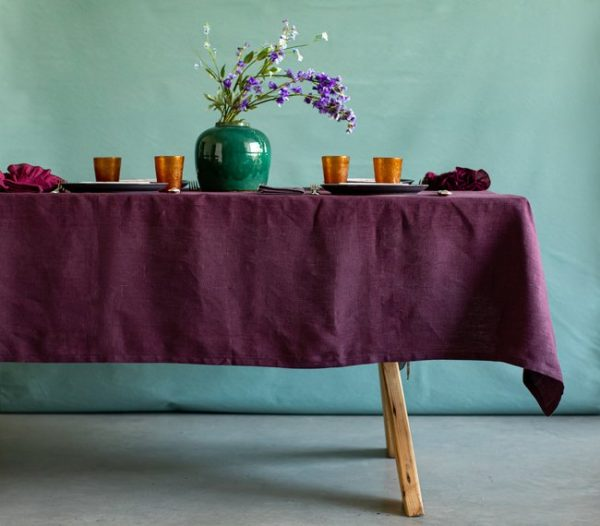How to choose a suitable tablecloth for your table