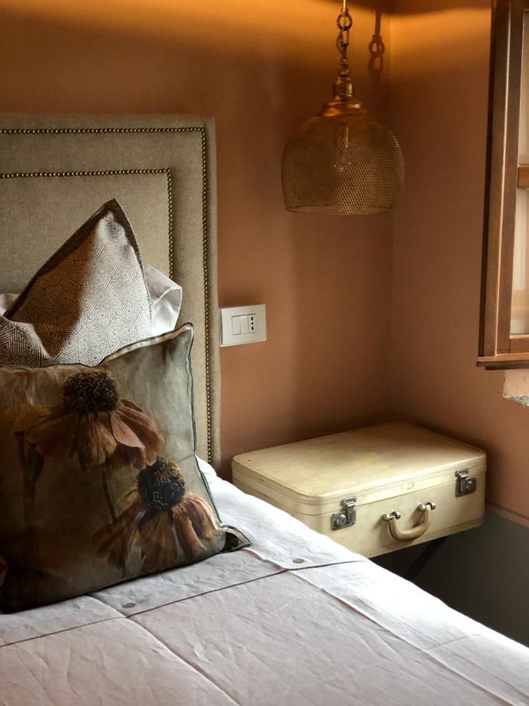 Come arredare la camera d letto - comodino